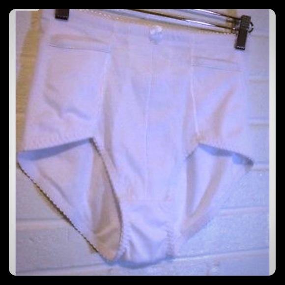 11246365ffd Vintage Intimates   Sleepwear